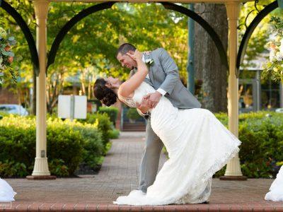 Wedding photography bride and groom maddie moree